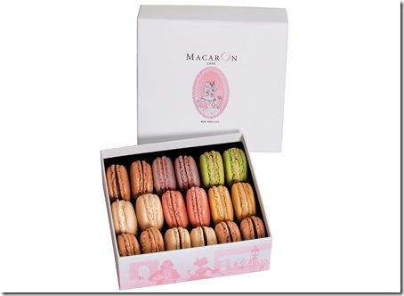 MacarOn%20Cafe%20Medium%20In%20Store%20Pick%20Up%20Box